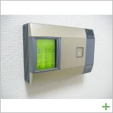 出入口:入室管理システム